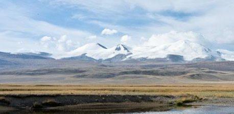 Eine Landschaft des Ukok-Plateau
