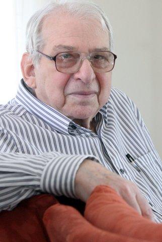 Harvard Prof. emer. (Psychiatry) and marijuana expert Lester Grinspoon