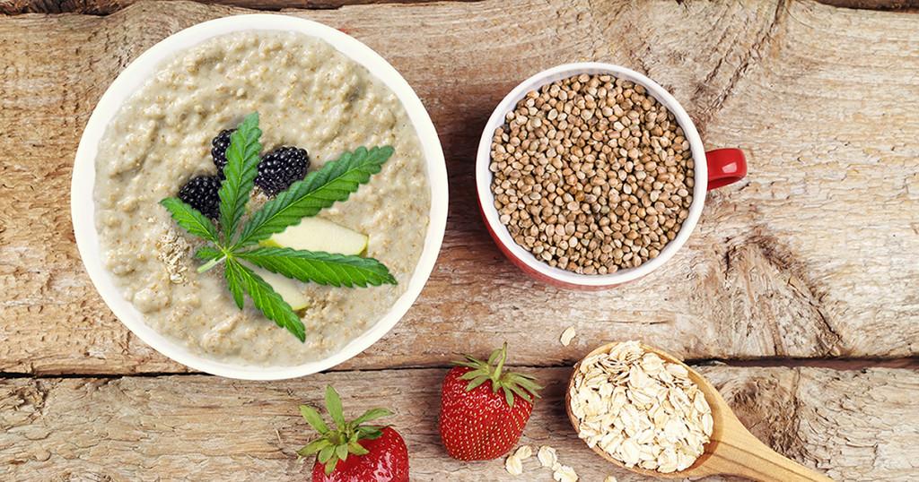 Hemp seed porridge - Sensi Seeds blog