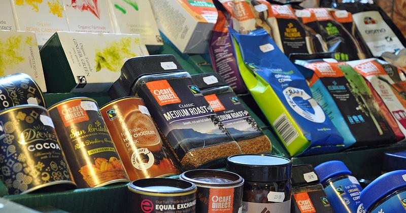 Voor veel van 's werelds belangrijkste handelsgewassen bestaat een fair-tradesysteem (© gbcarmelite)