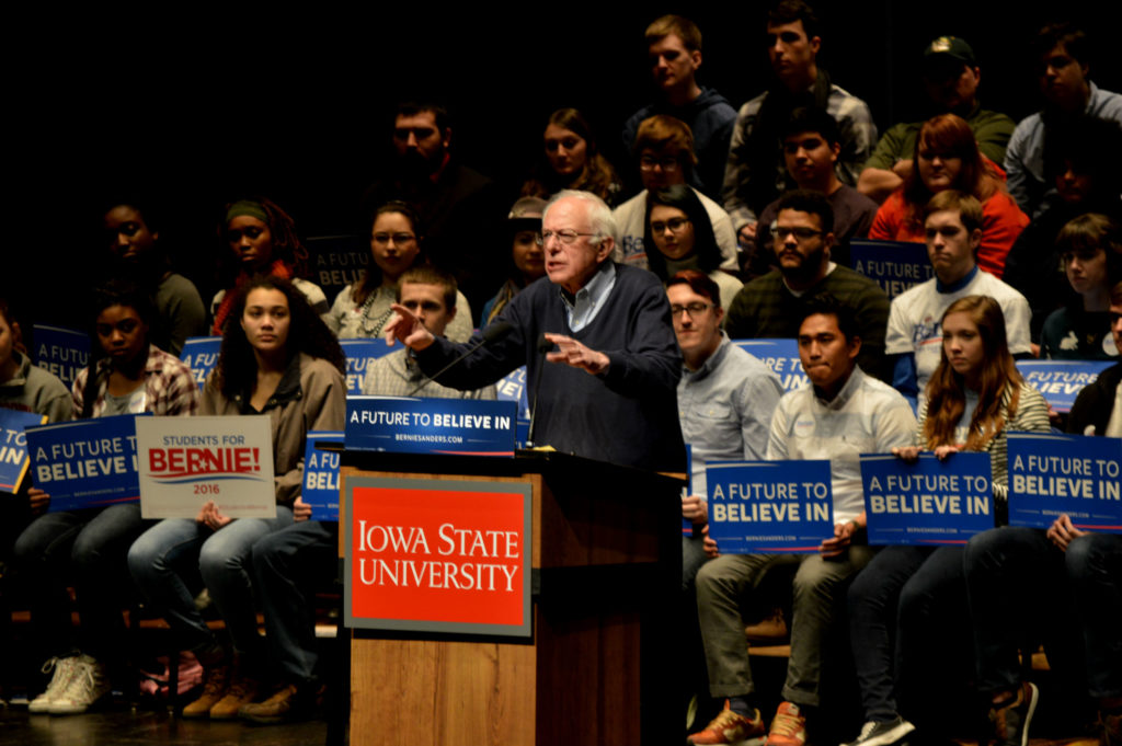Bernie Sanders in a meeting with students at the University of Iowa (CC. Alex Hanson) - Sensi Seeds