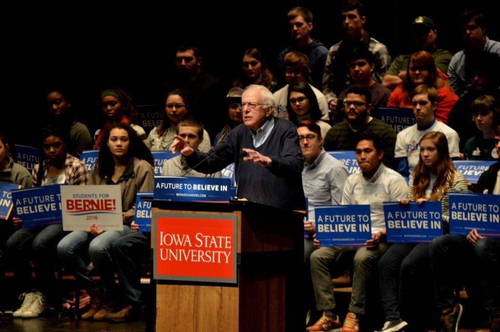 Bernie Sanders en un encuentro con estudiantes en la Universidad del Estado de Iowa (CC. Alex Hanson) - Sensi Seeds