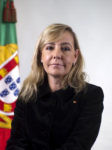 Paula Teixeira da Cruz, die frühere Justizministerin, hat 2015 öffentlich zugegeben, dass sie eine Entkriminalisierung des Cannabisanbaus unterstützt und die Einführung eines Cannabis-Clubmodells befürwortet (© Wikimedia Commons)
