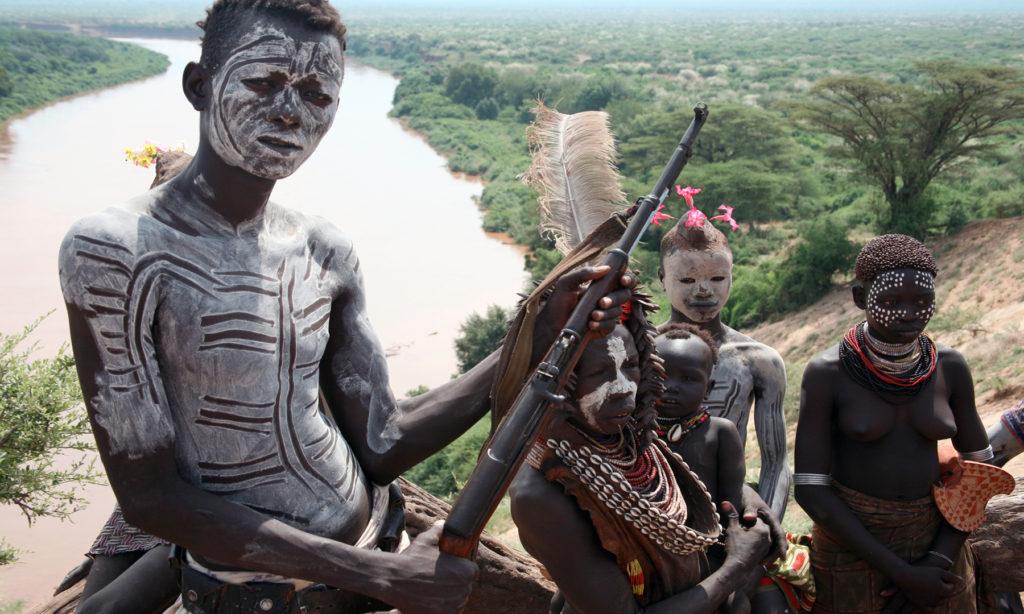 Los niños soldados de los conflictos africanos se ven obligados a consumir cannabis habitualmente (© Wikimedia Commons)