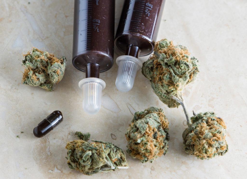 Het cannabisconcentraat waarvan Rick Simpson beweert dat het zijn huidkanker genas