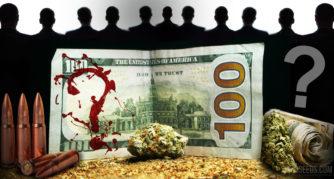 Un billete de cien dólares con salpicaduras rojas en la forma de un signo de interrogación