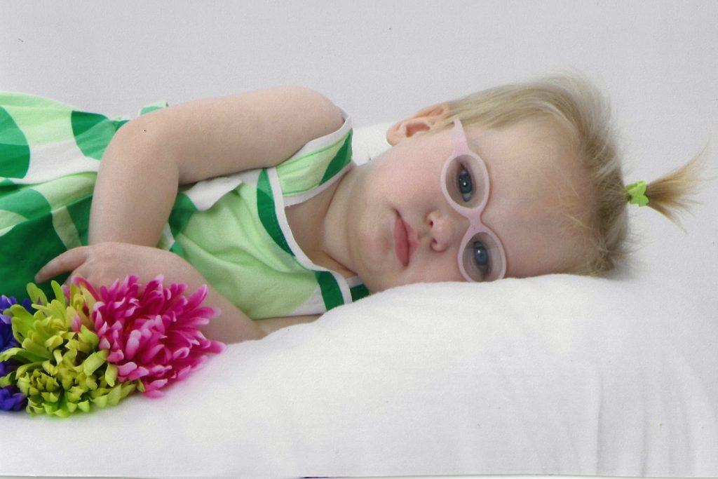 Harper Elle Howard stierf ondanks CBD-behandelingen aan de gevolgen van CDKL5 (© hope4harper.com)
