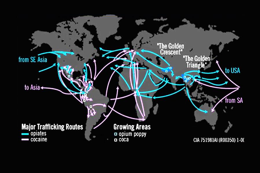 Een kaart van de belangrijkste routes voor de handel in cocaïne en heroïne