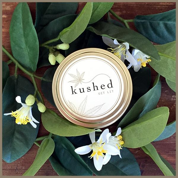Chandelle « White Witch » de Kushed, infusée au chèvrefeuille, jasmin et cannabis