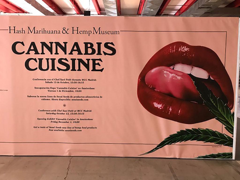 Una fotografía del póster del stand del Hash Marihuana & Hemp Museum en Spannabis Madrid 2017