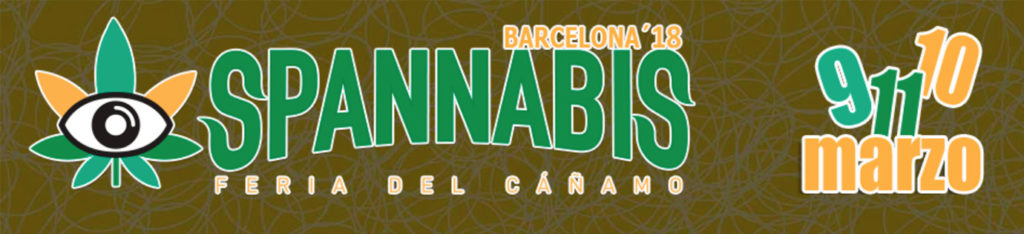 Design graphique de la foire Spannabis de Barcelone. Sur fond jaune vieillot orné de lignes jaunes, un symbole d'une feuille de cannabis vert et orange qui porte l'illustration en noir et blanc d'un œil en son centre. A côté de la feuille il est écrit SPANNABIS en lettres vertes qui ressemblent à des feuilles vertes, et au-dessus on peut lire BARCELONA  '18 en lettres orange au contour blanc. A droite il est écrit 9 11 10 Marzo en lettres bleus, verts et orange au contour blanc.