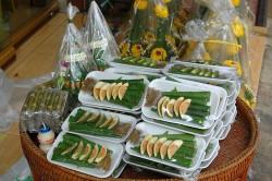 Päckchen mit allen erforderlichen Zutaten für einen Betelpriem (Giang)