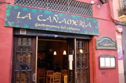 Die spanische Cannabiskultur ist reich und vielfältig; dieses Restaurant in Valencia hat sich auf die Hanfsamen-Küche spezialisiert (Joe Calhoun)