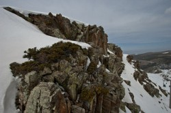 Snow-cover-on-the-Sierra-Nevada-mountain-range-has-been-severely-depleted-in-recent-years-JexweberFotos