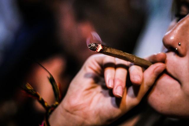 Cannabis-Raucher datieren Brooklyn Dating-App