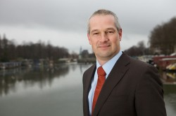Utrecht's alderman Victor Everhardt wants to start a Cannabis Social Club in his town soon.