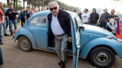 Mujica arriving at the polling station to vote