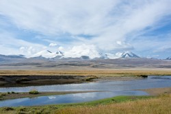 The Ukok Plateau, site of the winter camp and burial mounds of the Ice Maiden and her tribe (© Zabaraorg)