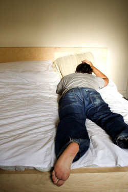 Nightmares and sleep disturbances are common in PTSD (© atconc)