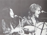 John Lennon y Yoko Ono en la Manifestación por la Libertad de John Sinclair.