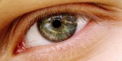 El glaucoma es una enfermedad común que afecta a los ojos, cuya frecuencia aumenta con la edad (© 0olong)