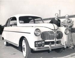 Henry Ford fabricó un modelo de automóvil con cáñamo y habas de soja, que utilizaba aceite de cáñamo como combustible en 1941 (©Ford Europe)