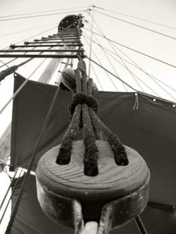A lo largo de muchos siglos en España, los aparejos navales, como cuerdas, redes, velas, cabos y otros, se elaboraban con cáñamo por su gran resistencia (©Arnaldo Gutiérrez)