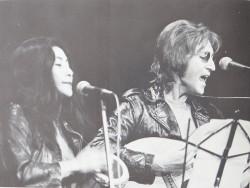 John Lennon et Yoko Ono à l'occasion du John Sinclair Freedom Rally.