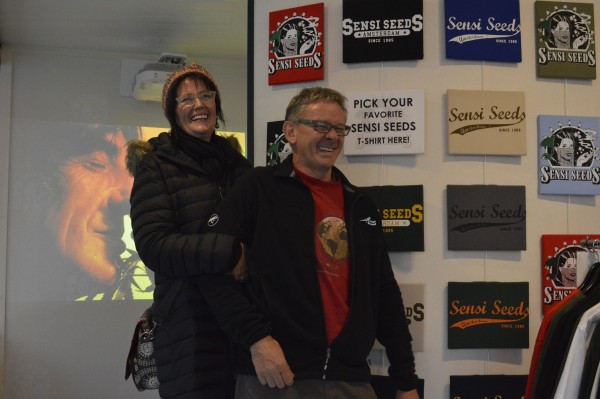 The Couple Dagga visitant un des magasins de Sensi Seeds. On espère vous revoir bientôt!