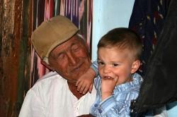 De Altaïsche bevolking heeft nog steeds een sterk familiegevoel en vereert haar voorouders (© Akulis2)